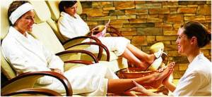girls weekend at the spa