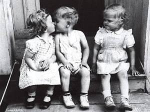 kids+kissing+one+jealous